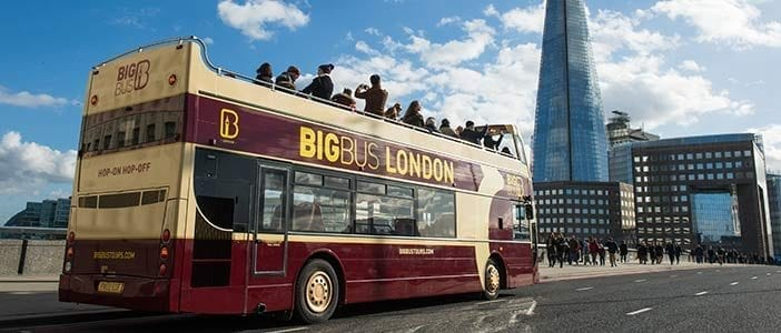 Hop-on Hop-off Sightseeing Bus Tour in London + River Cruise