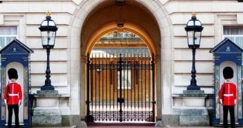London Itinerary 1: From Buckingham Palace to Covent Garden