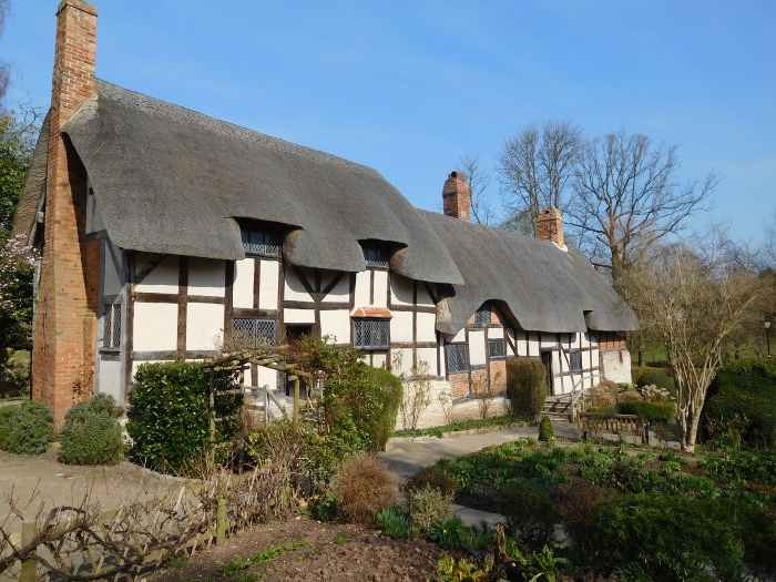 day trips from London: Stratford Upon Avon